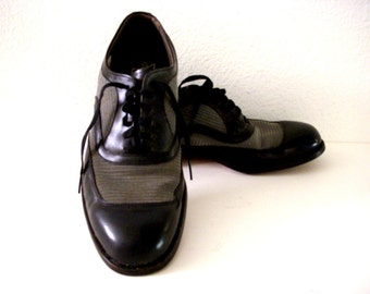 Vintage 50s 60s Men's Black Two Tone Shoes - Black and Gray Two Tone Fyfes Oxfords - Black Leather and Mesh Mens Gangster Shoes - Size 7 D