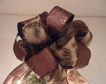 Lg Xmas tree topper bow brown glitter ribbon, and burlap pinecones, evergreen branches, gold trim
