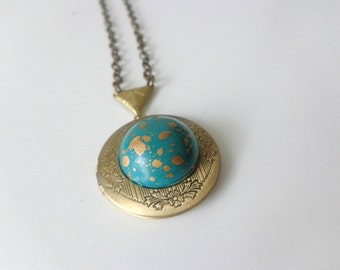 Teal gold locket
