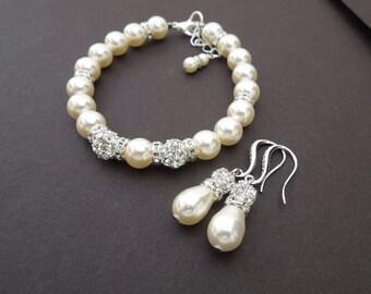 Bridal jewelry Set swarovski Pearls Wedding Set bracelet and earring Set Statement Bridal bracelet Pearl Rhinestone bracelet Pearl KAREN