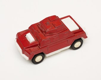 """Tootsietoy Armored Car, 3.75"""" Red Military Toy, War Vehicle, Vintage 70s"""