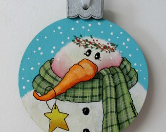 Snowman Christmas Ornament, Christmas Tree Ornament, Snowman, Round Wood Ornament, Hand Painted, Hanging Ornament, Ornament Exchange Gift