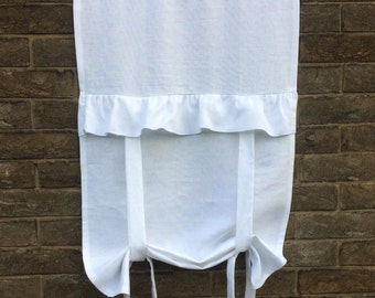 "White Valance Curtain, Vintage Floaty Bathroom Tie up Blind, Ruffle White Window Curtain, 40"" Length"