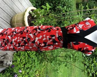 70s Maxi Dress / Sleeveless Long Dress / MOd Swirly Flowers / Red, Black and White Swirls Mod Long Dress Groovy