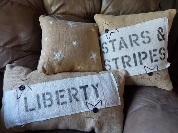 Set of 3 decorative patriot burlap front pillows