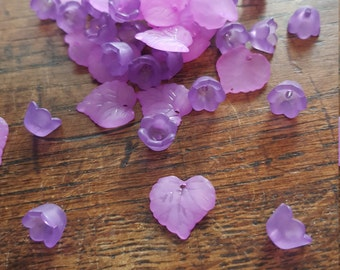 Pack of 50 Lilac Purple Flower and Leaf Beads, Bargain Price of 1 pound while stocks last