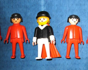 Lot of 5 Playmobil Geobra 1974 red people and 1 bearded Cape dude