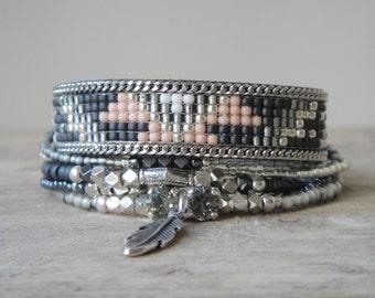 Native American beadweaving bracelet - Aztec pattern - Tribal bracelet - Bohemian multistrand bracelet - Bohemian jewelry - charm bracelet