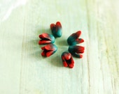 Tulip beads, Flower beads, small flower beads, flower embelishments - red and green flower tulips buds polymer clay - 6 pcs