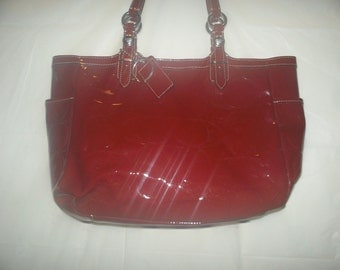 Ladies high fashion hand bag