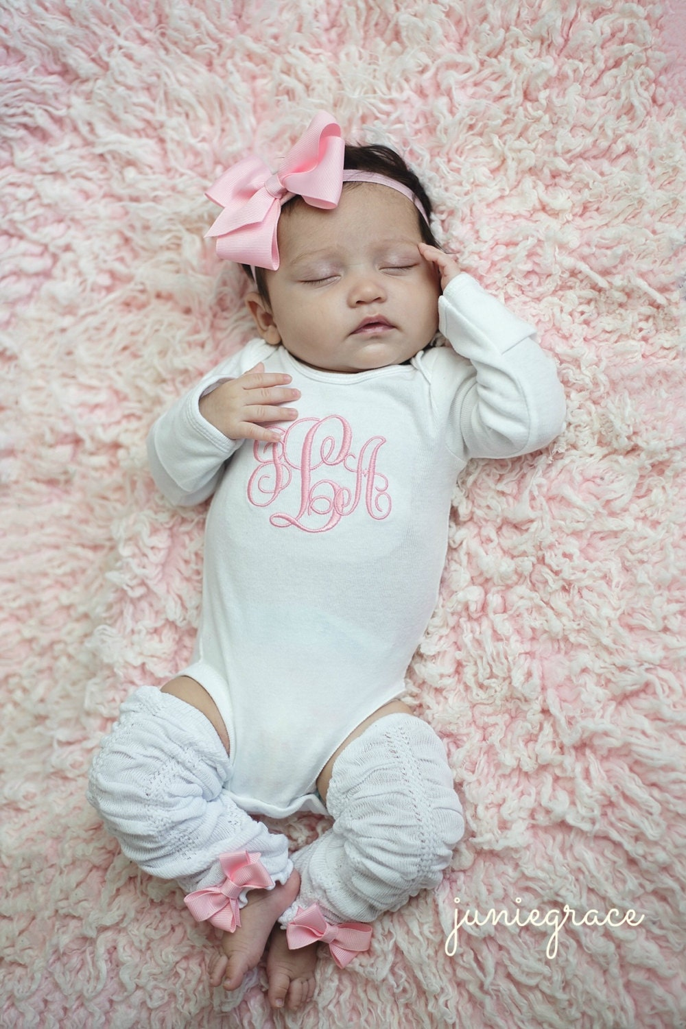 Free shipping on baby girl clothes at oraplanrans.tk Shop dresses, bodysuits, footies, coats & more clothing for baby girls. Free shipping & returns.