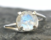HOLIDAY SALE Rainbow Moonstone Engagement Ring in Sterling Silver , Rainbow Moonstone Silver Ring , Moonstone Jewelry , Sparkle Gemstone - M