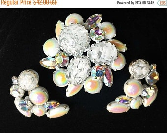 20% OFF SALE - Vintage REGENCY White Enamel, Confetti Cabochon and Milk Glass Aurora Borealis Brooch and Earring Set - Signed