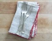 SET of 4 Vintage Nubby Linen Napkins Red Edging