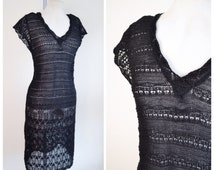 1930s stl Black crocheted dress / 70s does 30s fitted dress - S M L