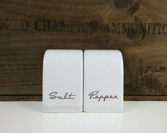 Retro Script Salt & Pepper Shakers / White Ceramic Shakers