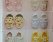Simplicity #2471 Baby Bootie Pattern/Six Styles