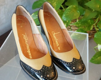 Free Shipping! Vintage MADEMOISELLE Wing Tip Shoes in Beige Leather and Black Patent Leather - Size 5
