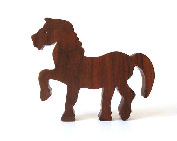 pferd holz spielzeug aus holz pony kind sicher holz spielzeug. Black Bedroom Furniture Sets. Home Design Ideas