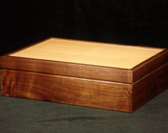 Walnut & Maple Keepsake