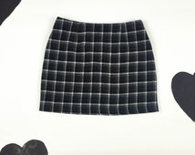 "90's Cluless sexy plaid knit mini skirt 1990's black gray checkered wool knit tweed mini skirt / size L 30"" waist / preppy / Empire Records"