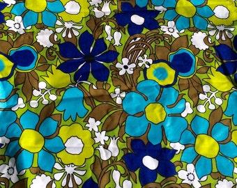 VINTAGE 60s Flower Power Cotton Fabric 5 yards
