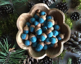 Felted wool acorns, Teal Heather, set of 50, bulk felt acorns, fantasy woodland wedding decor, autumn home, teal felt acorn, teal wool acorn
