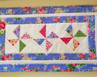 Pinwheel Quilted Table Runner, Quilted Table Topper, Cottage Chic Runner, Flowers, Periwinkle Blue