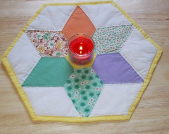 Vintage star quilt block candle mat,quilted  mug rug, table top quilt,fabric place mat, mini quilt, upcycled vintage quilt wall hanging,