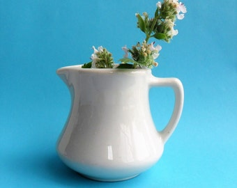 Tepco Individual Creamer White 1950s Restaurant Ware Diner Coffee Milk Syrup Pitcher Mid Century Kitchen China Pottery