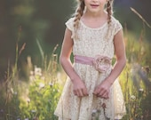 Flower Girl Dress - Lace Flower girl dress - flower girl dresses- baby lace dress - Country Flower Girl dress- Lace Rustic flower Girl dress