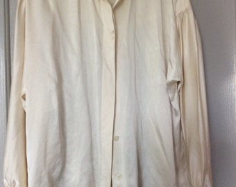 Silk nights in White satin!Charmeuse shirt blouse top/unlabeled med/large L/S button front