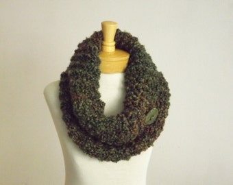 Chunky neck warmer, Chunky Cowl, Green and BrownCowl, Chunky scarf,  scarf, Fall Scarf, Enchanted Forest scarf, Autumn Color scarf