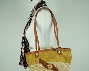 ON SALE 50% Vintage BOHO Woven Raffia and Suede Leather  Market Shoulder Bag with Sea Shell Detail.
