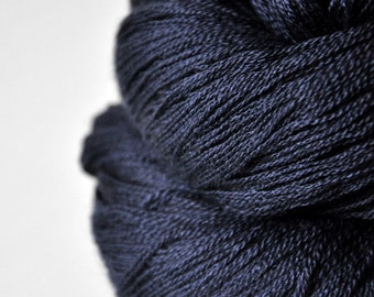 Drowning in the deep blue sea  - Merino/Silk/Cashmere Fine Lace Yarn