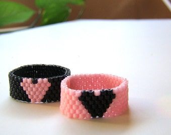 Heart Bead Ring in Pink and Black  Beadwork Peyote Ring  Seed Bead Jewelry Mother Daughter Rings or BFF Gift  Choose Width & Heart Color