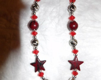 Patriotic 26 inch beaded red & silver star necklace - gn6