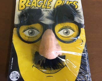 1976 Franco's Deluxe Beagle Puss Disguise New in Package
