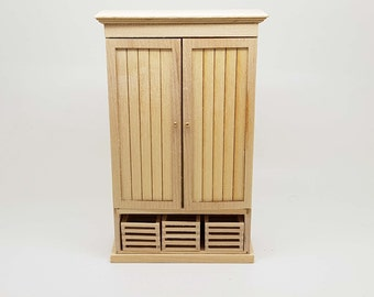 Miniature dollhouse unfinished kitchen pantry/epicerie in 1:12 scale