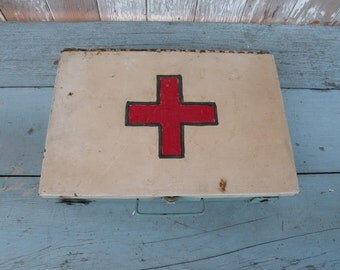 Vintage turquoise blue metal carry case , white lid with Red Coss symbol