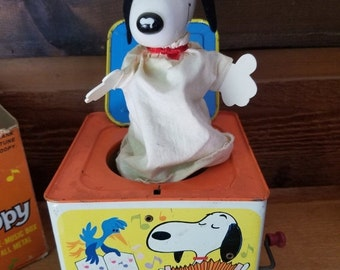 REDUCED Vintage 1960s Peanuts Snoopy Jack in the Box by Mattel - Orig Box