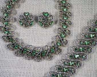 Dodds Silver Tone and Peridot Green Rhinestone Parure Set Necklace Bracelet Earrings