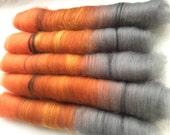 Oriole, 100 g rolags, merino and trilobal nylon