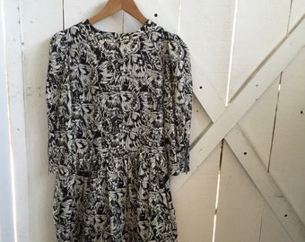 abstract vintage black & white print drop waist dress xs/s