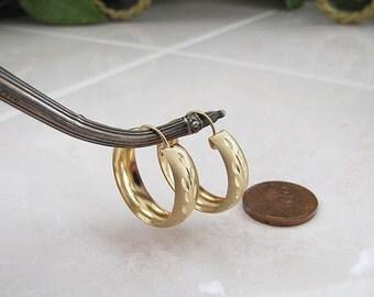 Solid 14K Gold diamond cut etched Hoop Earrings, Gold huggies