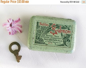 1920 , Antique French  collector box pharmacy Art Nouveau and a small key ,tin pill box