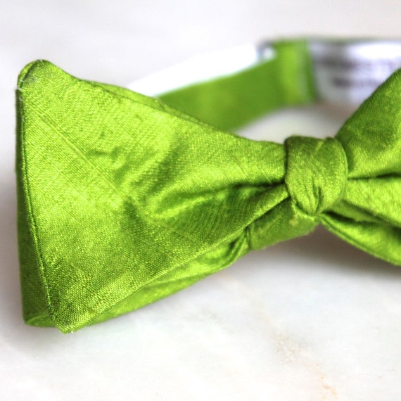 Poison Green Silk Bow Tie for men or boys - Groomsmen and wedding tie - clip on, pre-tied with strap or self tying
