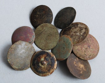 Set of 10 Antique metal buttons, original dark patina (3)