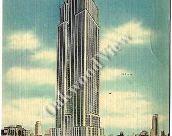 ON SALE Empire State Building New York City Linen Postcard, Fifth Avenue Manhattan, NYC Landmark, Vintage 1944 Ephemera, Free Shipping
