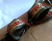 """Green Wire Ribbon with Deep Red Design...1 1/2"""" X 12 Feet"""